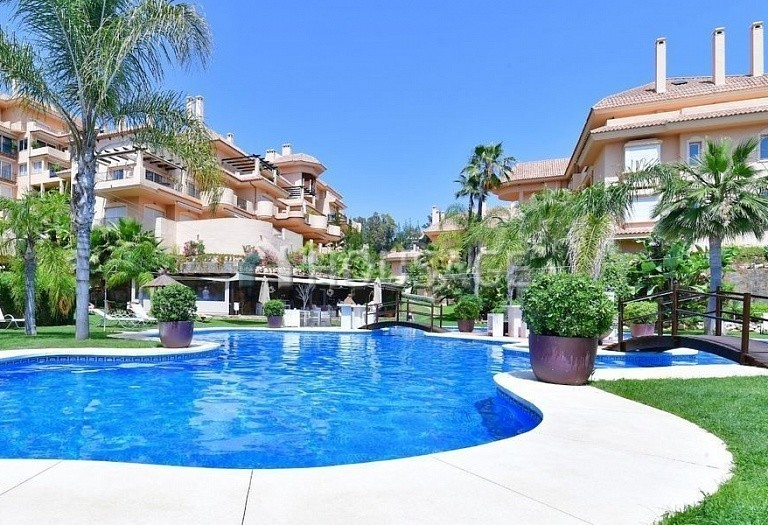 Flat for sale in Nueva Andalucia, Marbella, Spain, 191 m² - photo 1