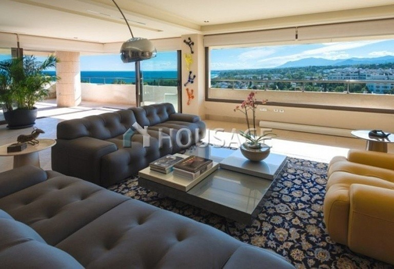 Flat for sale in Marbella, Spain, 661 m² - photo 7