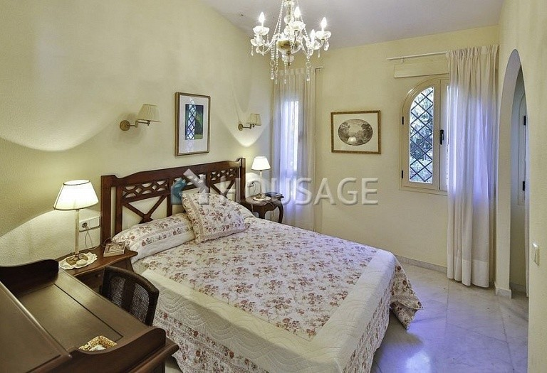 Townhouse for sale in Marbella Golden Mile, Marbella, Spain, 196 m² - photo 8