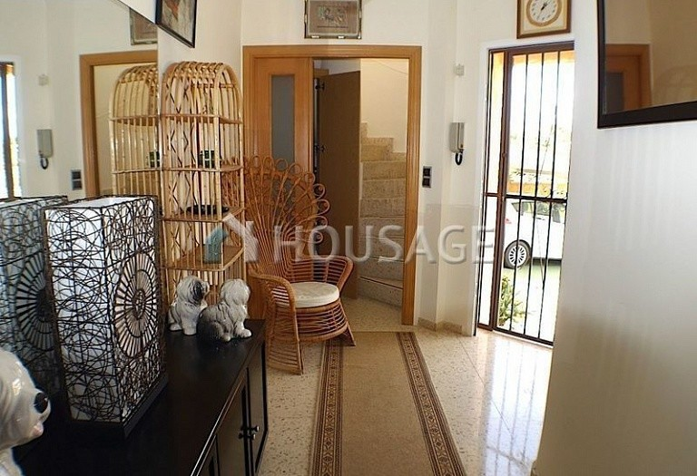 3 bed villa for sale in La Nucia, Spain, 160 m² - photo 2