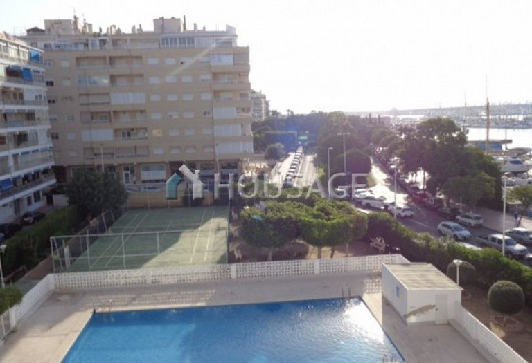 3 bed apartment for sale in Torrevieja, Spain - photo 1
