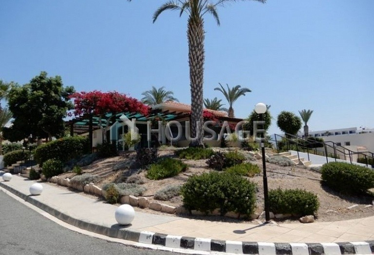 Commercial property for sale in Coral Bay, Pafos, Cyprus - photo 2
