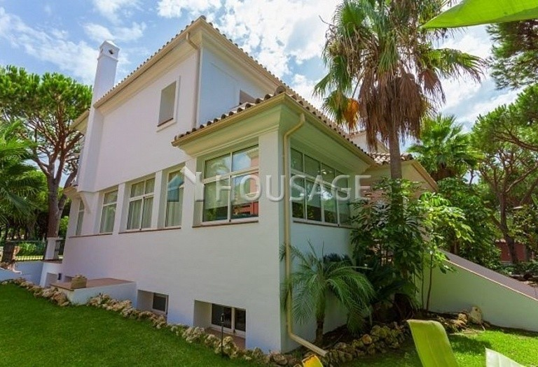 Villa for sale in Las Chapas, Marbella, Spain, 720 m² - photo 8