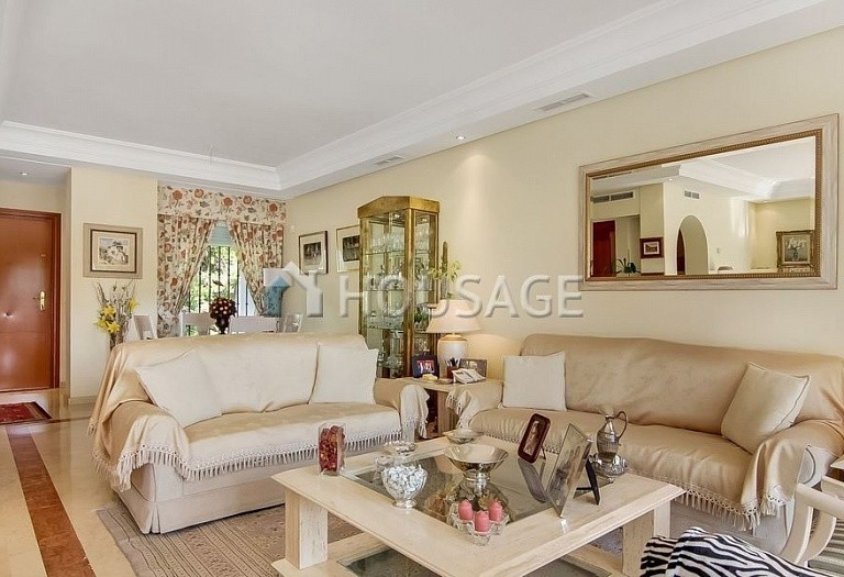 4 bed townhouse for sale in Marbella, Spain, 254 m² - photo 2