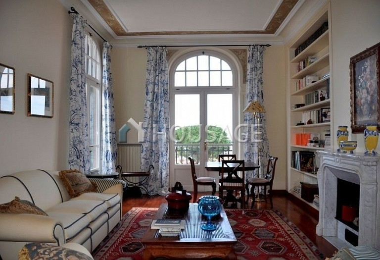3 bed flat for sale in Bordighera, Italy, 205 m² - photo 1
