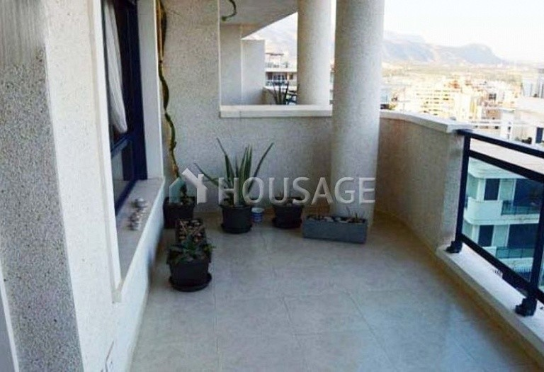 1 bed apartment for sale in Benidorm, Spain, 67 m² - photo 2