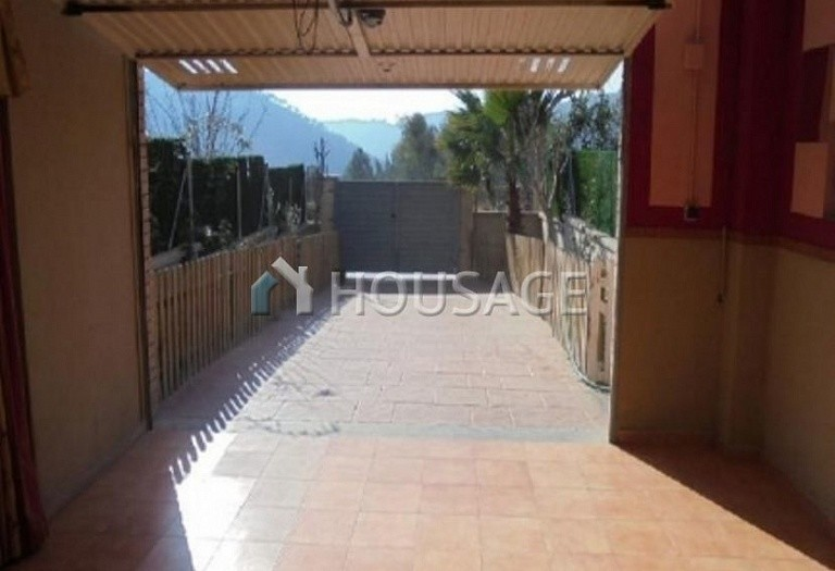 4 bed townhouse for sale in Barcelona, Spain, 216 m² - photo 14