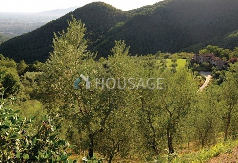 5 bed villa for sale in Montecatini Terme, Italy, 760 m² - photo 8