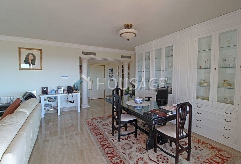 Flat for sale in Marbella Golden Mile, Marbella, Spain, 390 m² - photo 5