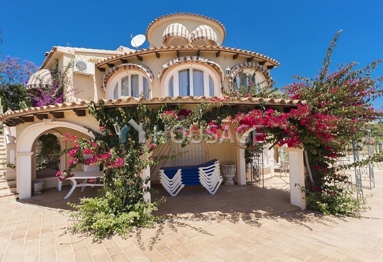 5 bed villa for sale in Calpe, Spain, 267 m² - photo 19