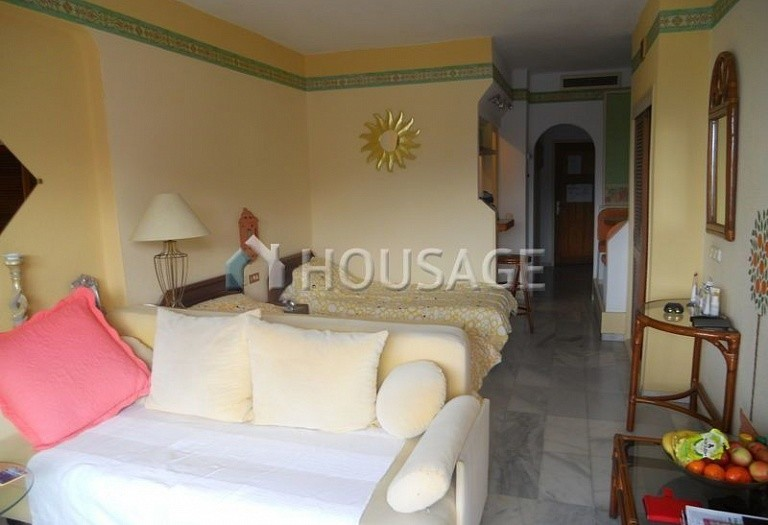 1 bed apartment for sale in Adeje, Spain - photo 5