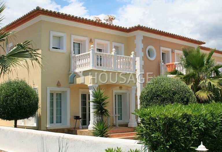 2 bed a house for sale in Calpe, Spain, 121 m² - photo 3