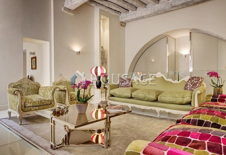 4 bed flat for sale in Rome, Italy, 400 m² - photo 1