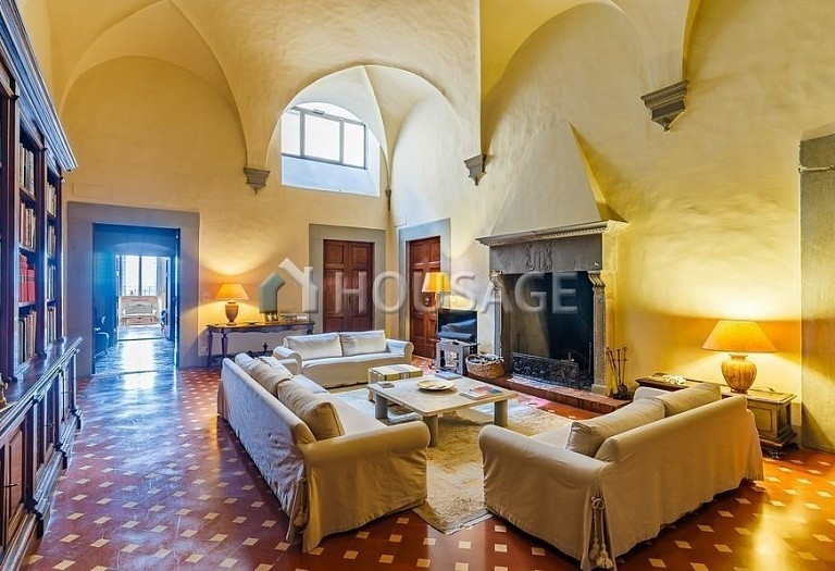 9 bed villa for sale in Florence, Italy, 2800 m² - photo 27