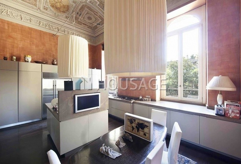 3 bed flat for sale in Rome, Italy, 550 m² - photo 17
