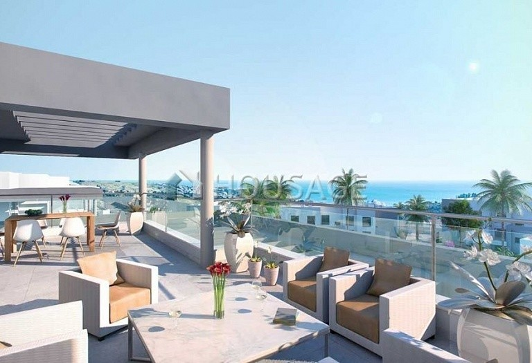 2 bed flat for sale in Estepona, Spain, 155 m² - photo 4
