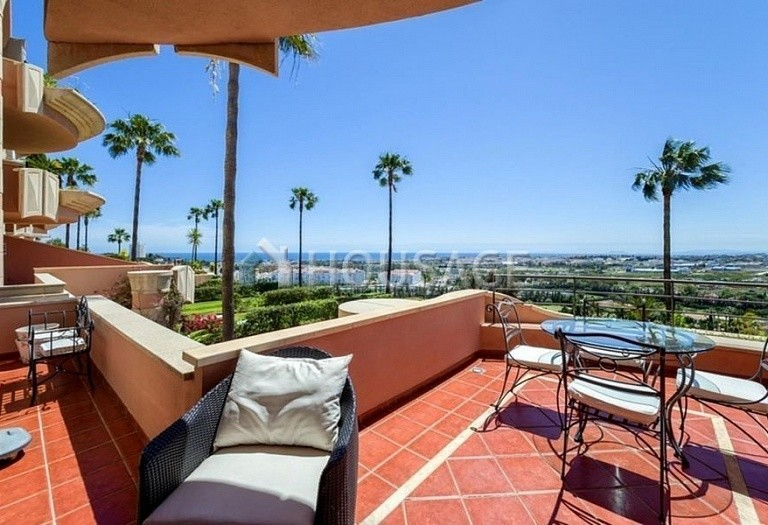 Apartment for sale in Nueva Andalucia, Marbella, Spain, 160 m² - photo 4