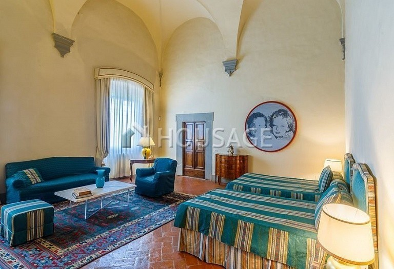 9 bed villa for sale in Florence, Italy, 2800 m² - photo 28