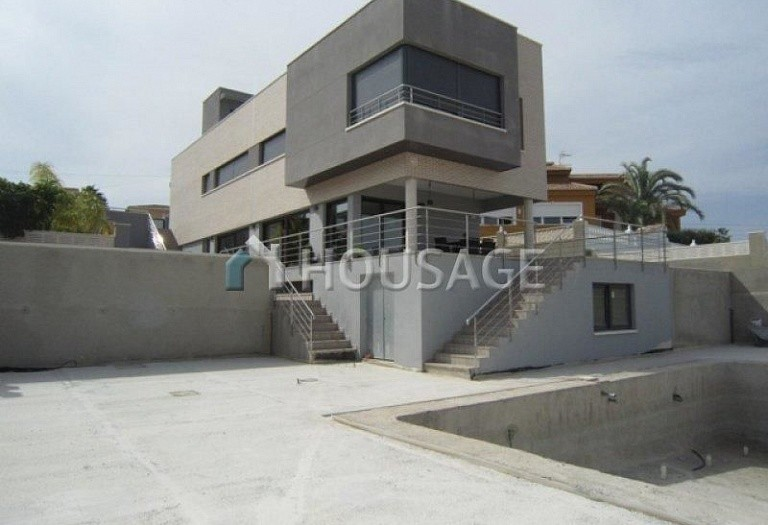 4 bed villa for sale in Calpe, Calpe, Spain, 270 m² - photo 1