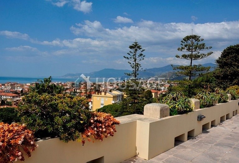 3 bed flat for sale in Bordighera, Italy, 205 m² - photo 12