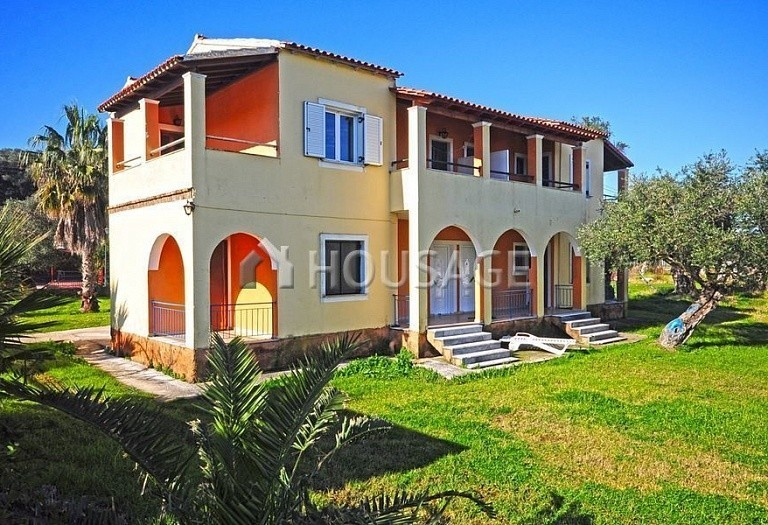 8 bed a house for sale in Lefkimmi, Kerkira, Greece, 210 m² - photo 1