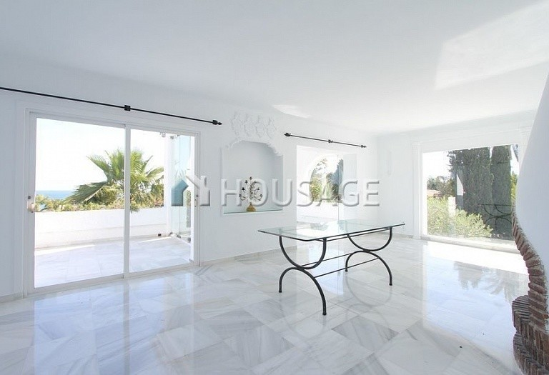 Villa for sale in Los Monteros, Marbella, Spain, 494 m² - photo 13