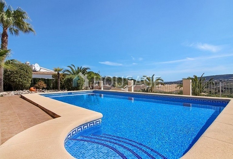 3 bed villa for sale in Benitachell, Spain, 253 m² - photo 2