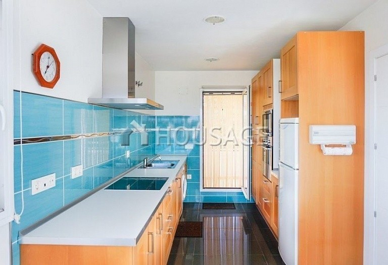 Flat for sale in Estepona, Spain, 156 m² - photo 12