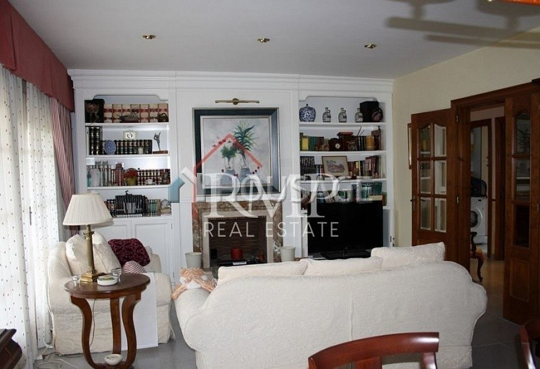 5 bed a house for sale in Sant Andreu de Llavaneres, Spain, 280 m² - photo 10