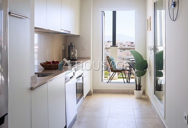 3 bed flat for sale in Estepona, Spain, 88 m² - photo 10