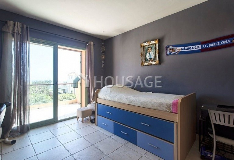 Flat for sale in Los Flamingos, Benahavis, Spain, 300 m² - photo 9