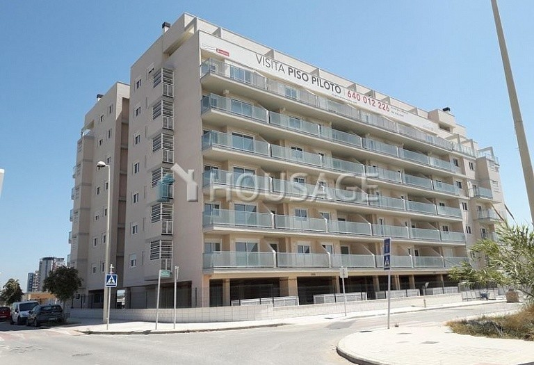 3 bed flat for sale in El Puig, Spain, 112 m² - photo 1