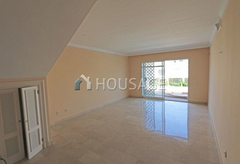 Flat for sale in Nueva Andalucia, Marbella, Spain, 157 m² - photo 17