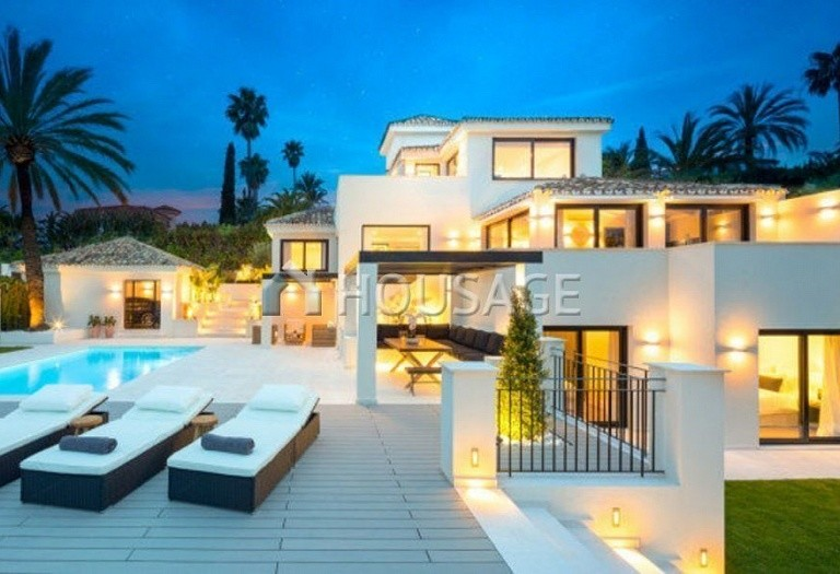 Villa for sale in Nueva Andalucia, Marbella, Spain, 263 m² - photo 9