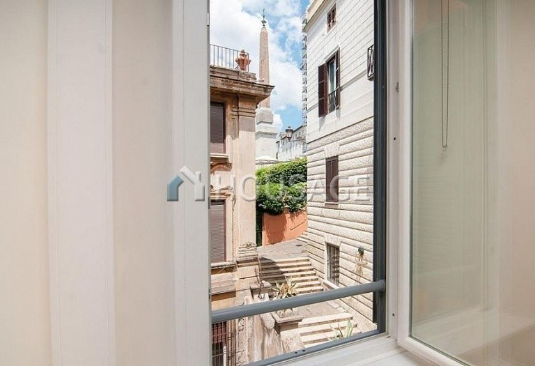 6 bed flat for sale in Rome, Italy, 440 m² - photo 16