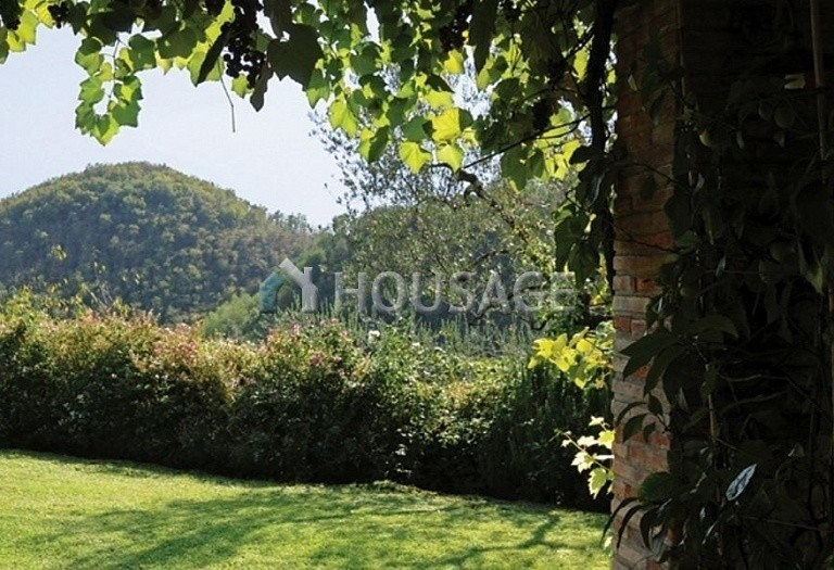 5 bed villa for sale in Montecatini Terme, Italy, 760 m² - photo 6
