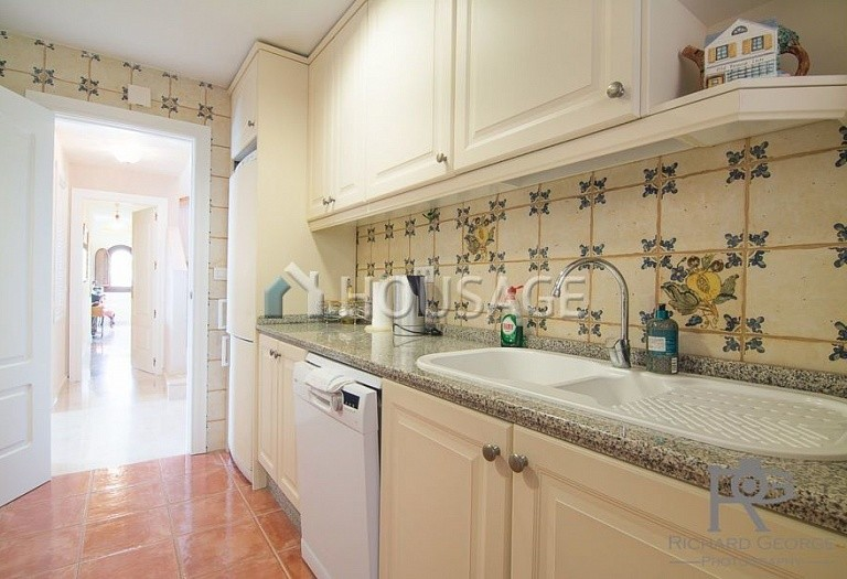 Flat for sale in Atalaya, Estepona, Spain, 300 m² - photo 7