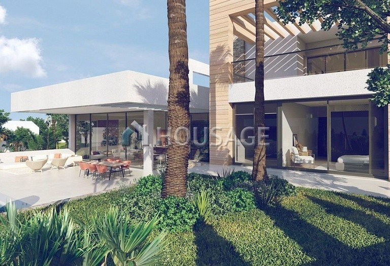 Villa for sale in Nueva Andalucia, Marbella, Spain, 648 m² - photo 13