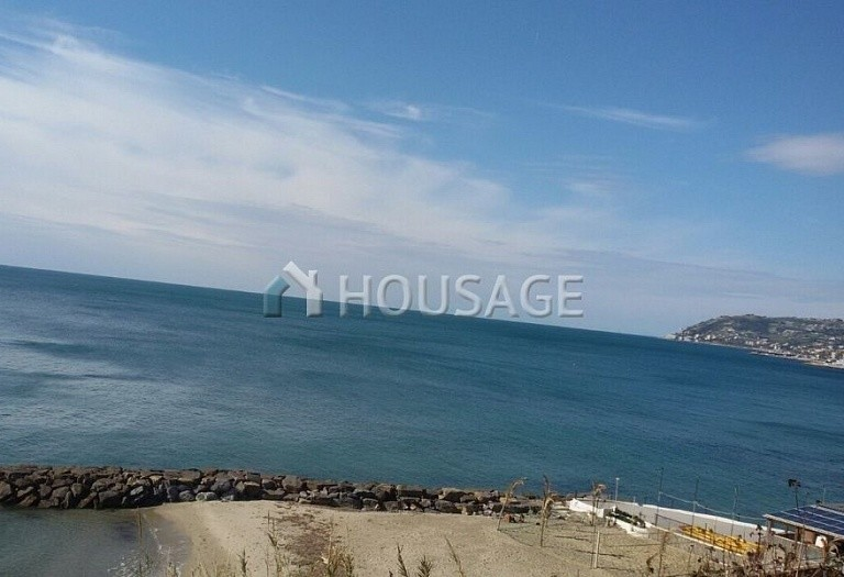 Hotel for sale in Sanremo, Italy, 2000 m² - photo 2