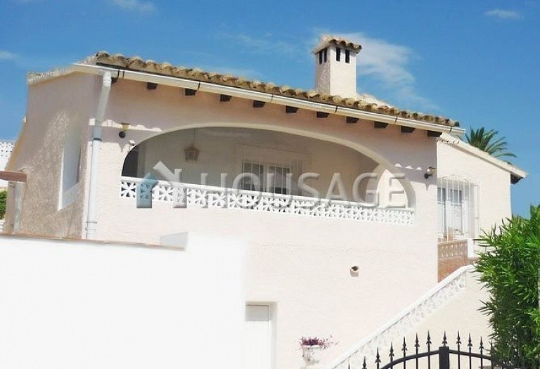 2 bed a house for sale in Moraira, Spain, 96 m² - photo 1