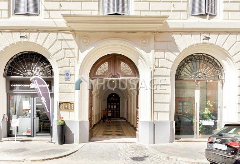 2 bed flat for sale in Rome, Italy, 110 m² - photo 23