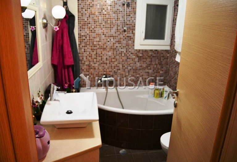 2 bed flat for sale in Therisso, Chania, Greece, 70 m² - photo 6