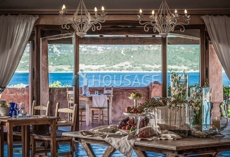 Hotel for sale in Sardinia, Italy, 9500 m² - photo 4