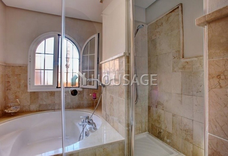Townhouse for sale in Nagueles, Marbella, Spain, 475 m² - photo 8