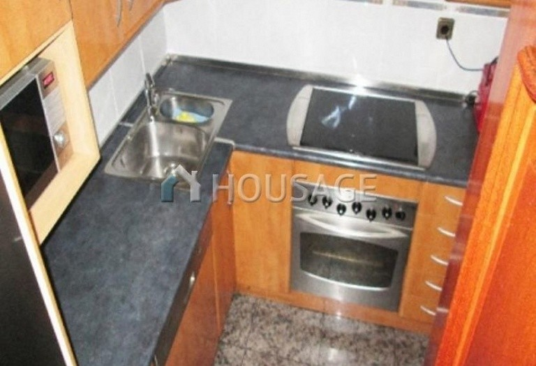 4 bed flat for sale in Hospitalet, Spain, 97 m² - photo 4