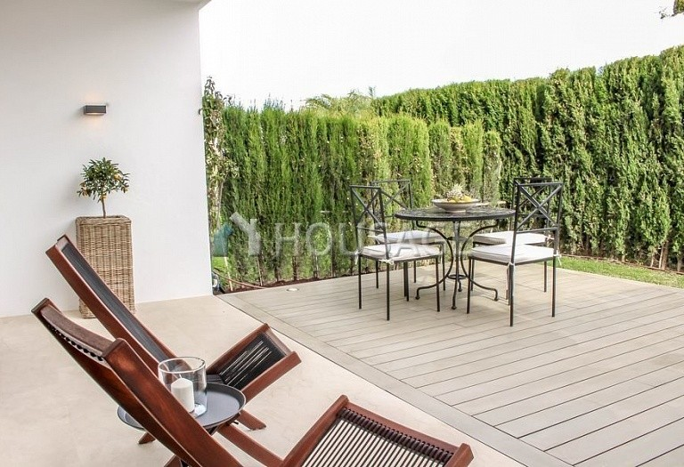 Townhouse for sale in Nueva Andalucia, Marbella, Spain, 263 m² - photo 7
