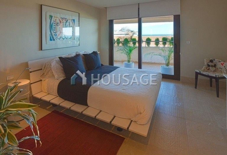 Flat for sale in Marbella, Spain, 661 m² - photo 11