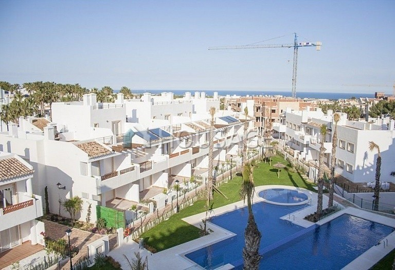 2 bed apartment for sale in Orihuela Costa, Spain - photo 8