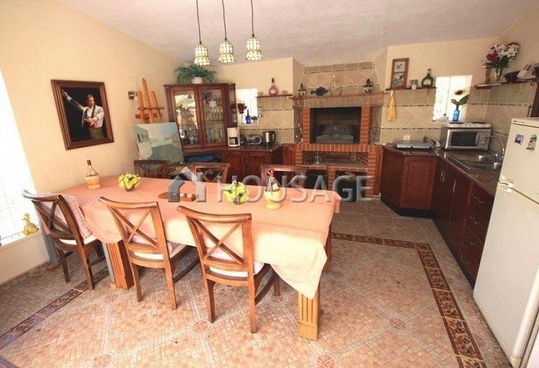 3 bed villa for sale in La Nucia, Spain, 120 m² - photo 20