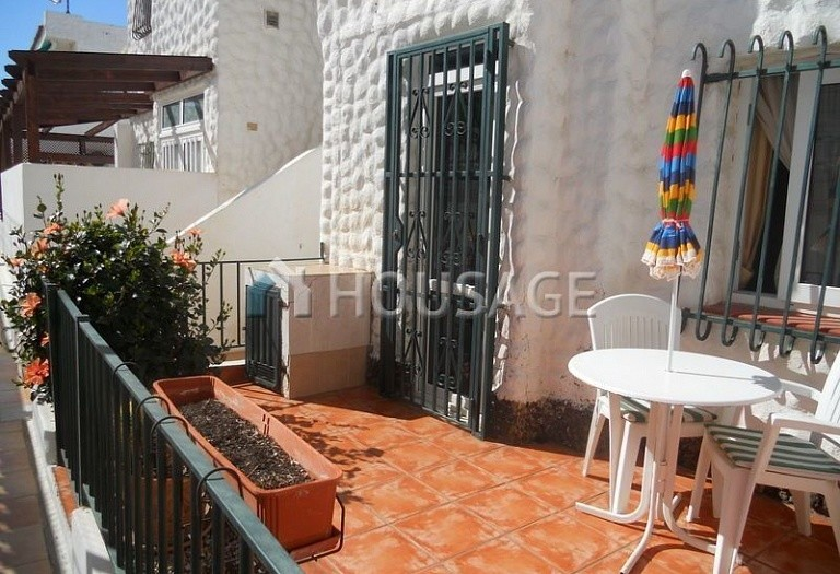 2 bed apartment for sale in Adeje, Spain - photo 2